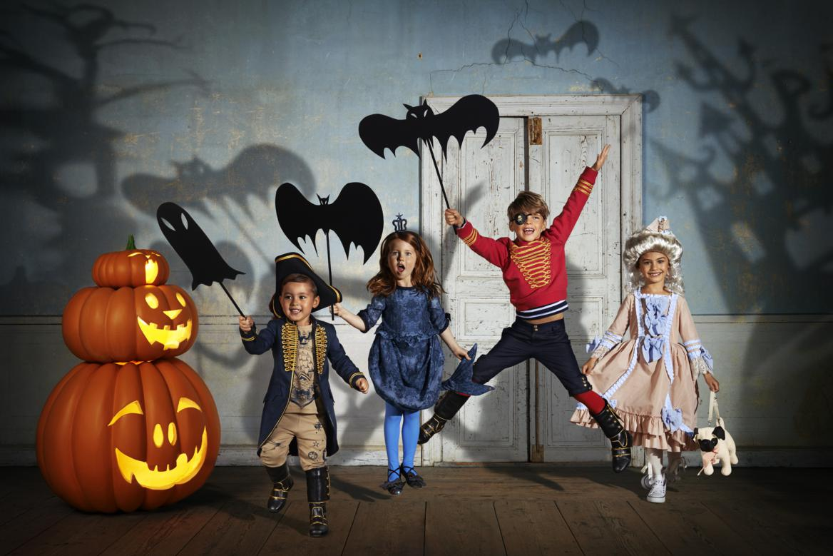 halloween costumes for kids at h&m plus a giveaway! | amotherworld