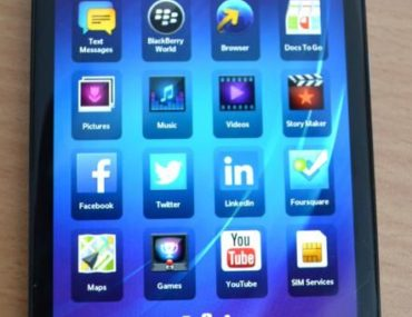 BlackBerry Z30 review