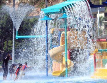 best splash parks Toronto and area