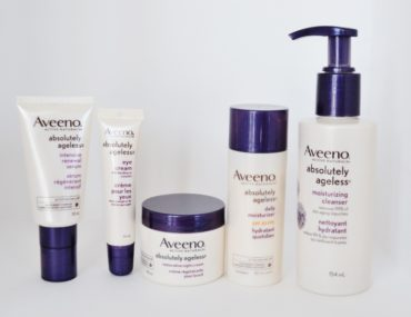 Anti-Agin Sking Products AVEENO® Absolutely Ageless | amotherworld | www.amotherworld.com