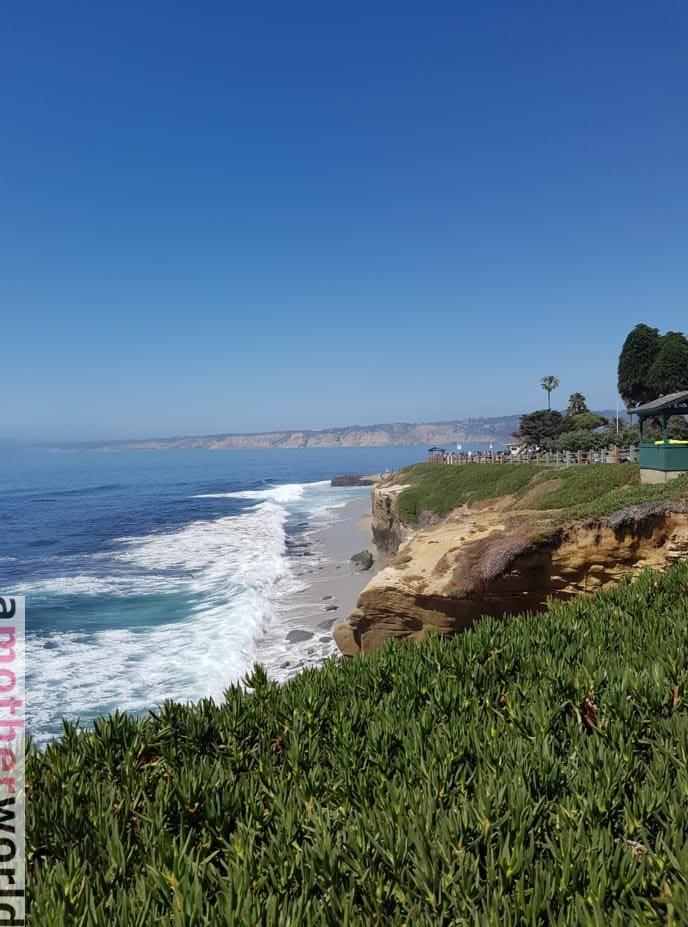 Top U.S. Vacation Spot - Fun Family Vibe in San Diego - La Jolla shores