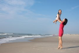 Owning Motherhood Throwing Advice Out the Window | amotherworld.com