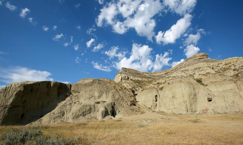 Lesser Known Canadian Travel Destinations to Visit Badlands SK