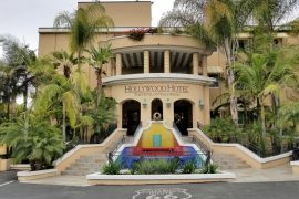 Where to Stay in Hollywood: Hollywood Hotel entrance