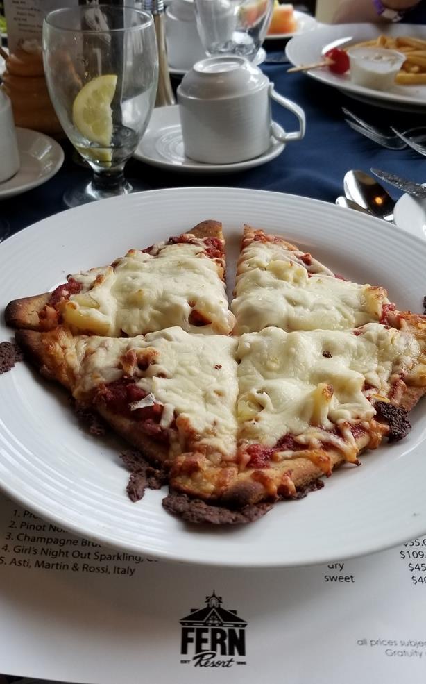 Gluten Free Pizza at Fern Resort _ amotherworld