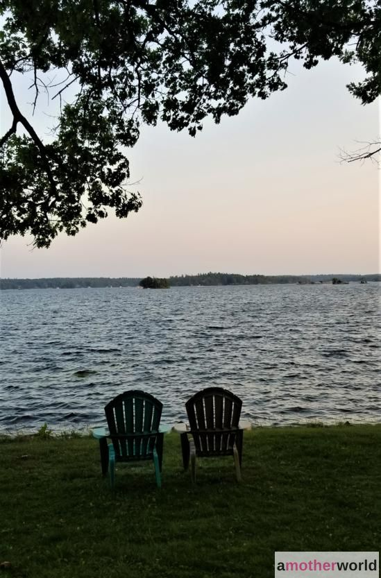 Laid-Back Cottage on the Lake at Viamede