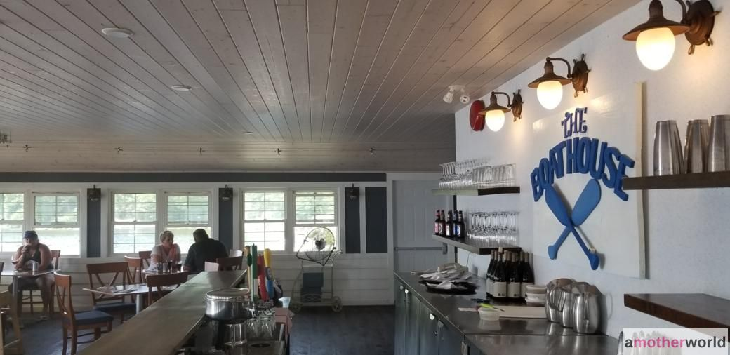 The Boathouse at Viamede Resort