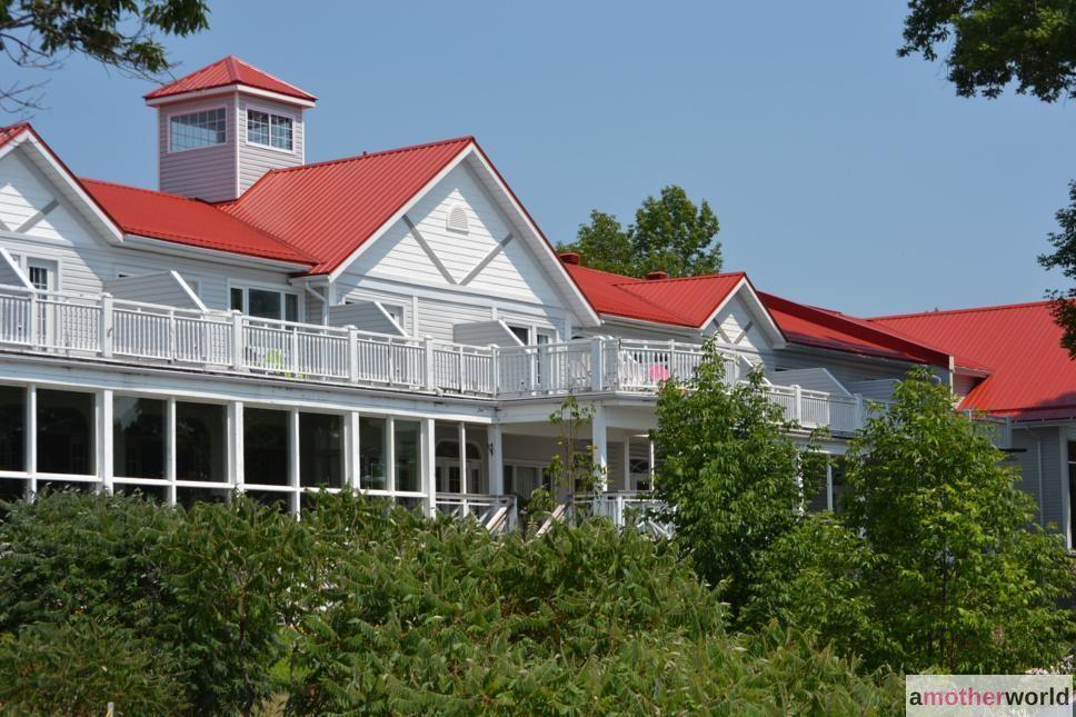 Rustic Cottage Resort on the Lake - Viamede