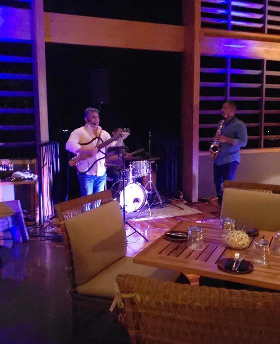 Andaz Costa Rica Chao Pescao Live Music