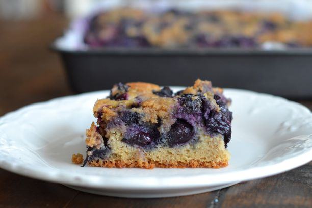Gluten-free blueberry lemon cake with crumble