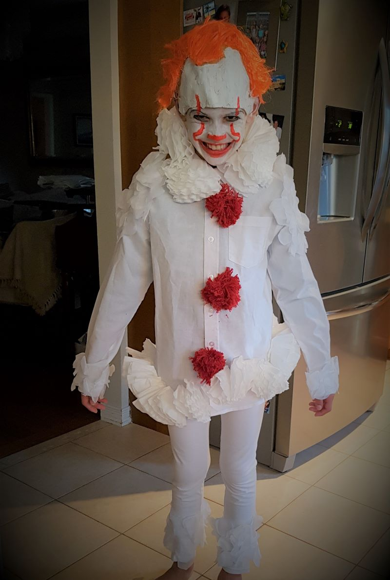 Make Your Own Pennywise Costume