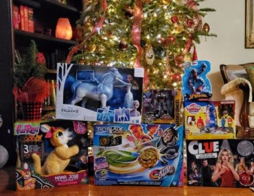Holiday Gift Guide for Kids 2020 plus a giveaway! amotherworld