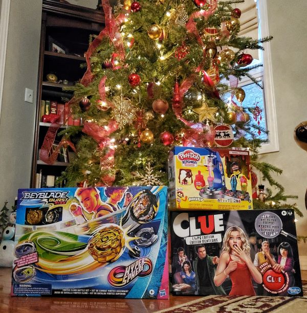 Holiday Gift Guide for Kids plus a giveaway